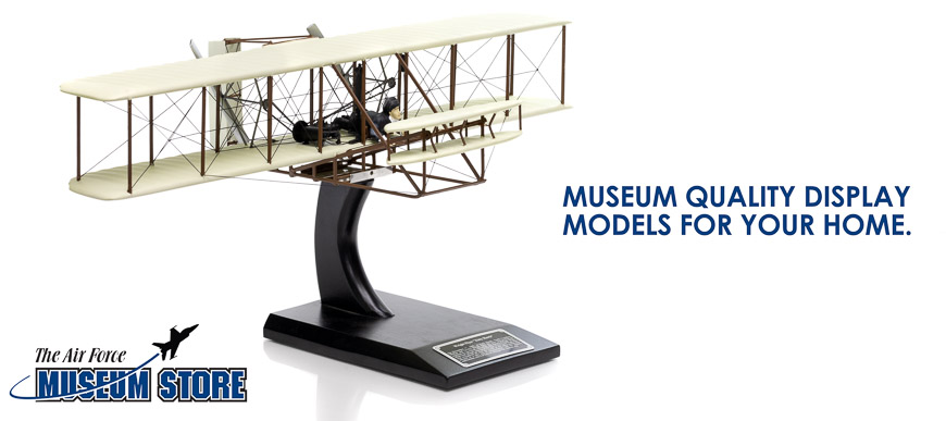 """Slide with text """"With every purchase you make, you support the museum"""""""